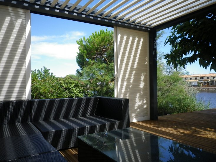 pergola aluminium bioclimatique prenium toulouse installation de pergola en alu sur mesure. Black Bedroom Furniture Sets. Home Design Ideas