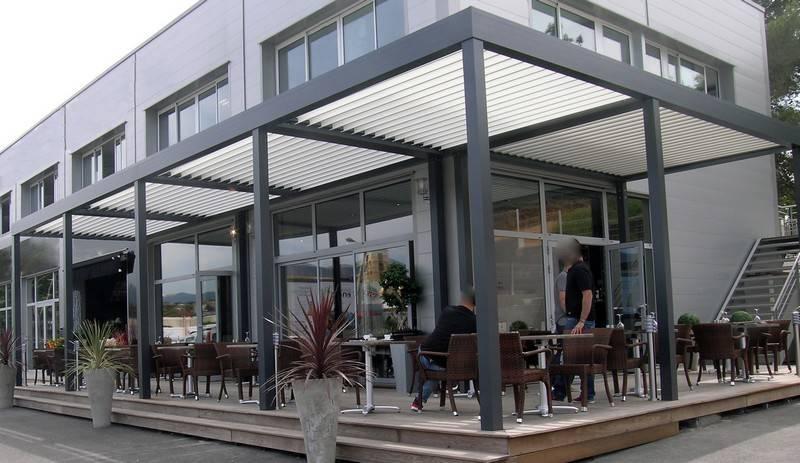 pergola pour caf s et restaurants installation de pergola en alu sur mesure toulouse. Black Bedroom Furniture Sets. Home Design Ideas
