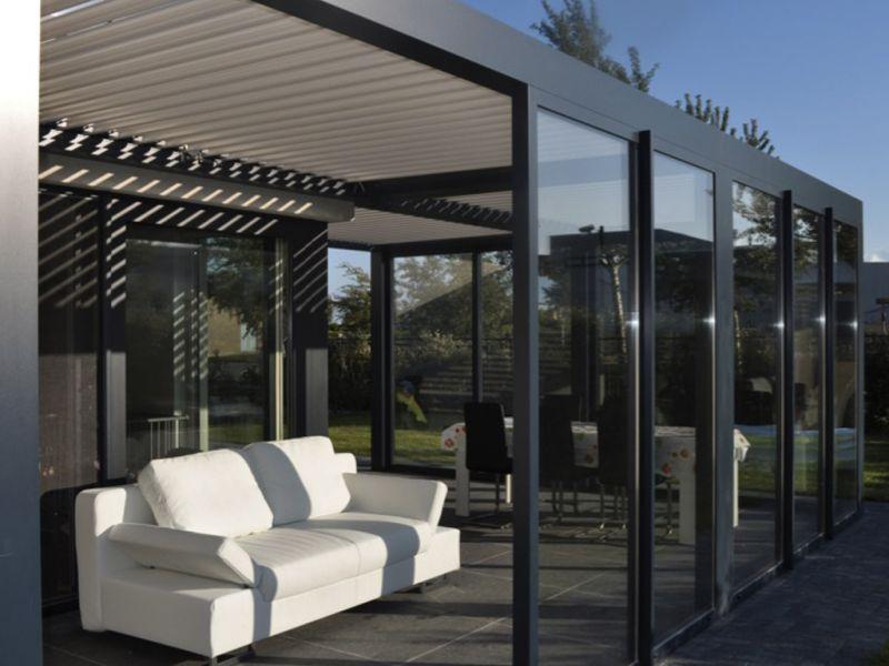 nos r alisations de pergolas bioclimatique sur toulouse et sa r gion installation de pergola. Black Bedroom Furniture Sets. Home Design Ideas