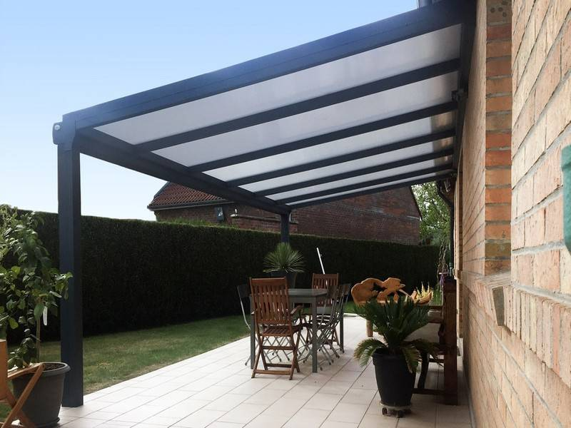 installation de pergola bioclimatique haut de gamme toulouse stores et fermetures 31. Black Bedroom Furniture Sets. Home Design Ideas